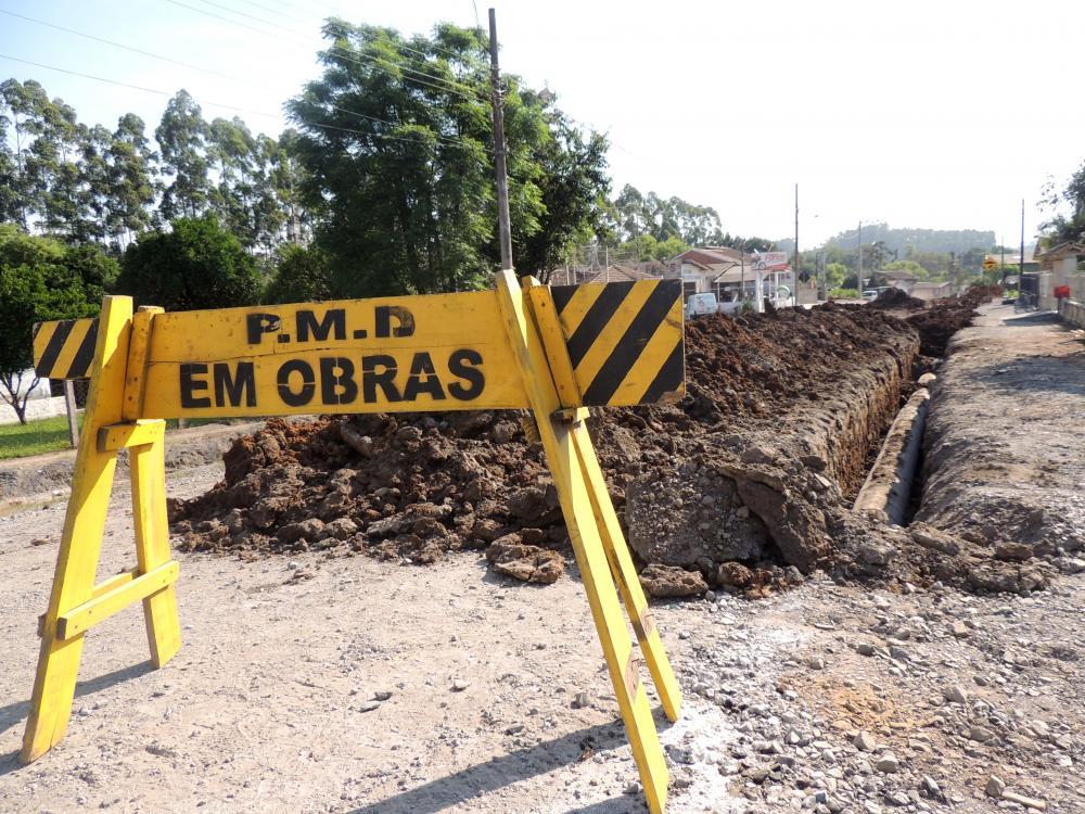Prefeitura de Ituporanga inicia pavimentação de mais uma rua