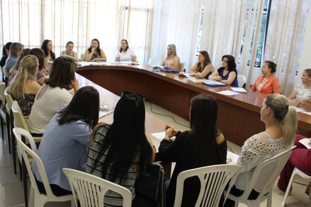 Primeira reunião de trabalho entre os gestores escolares aconteceu nesta terça-feira