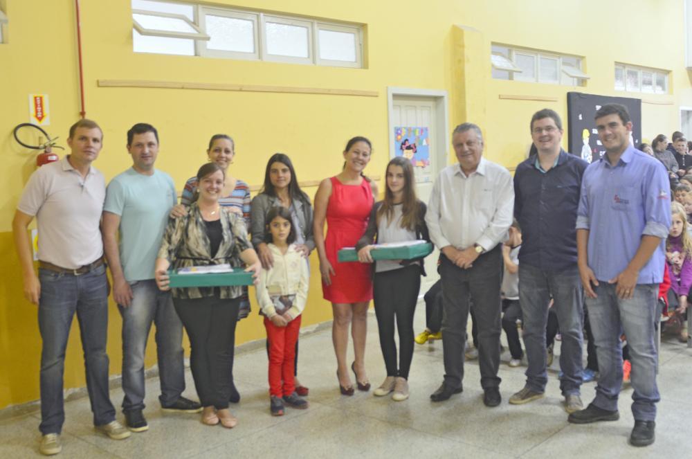 Usina Salto Pilão realiza entrega de premiação do Concurso de Redação