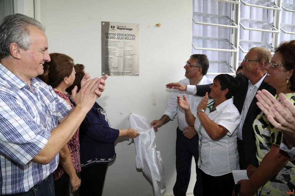 Escola e Unidade de Saúde são inauguradas em Ituporanga