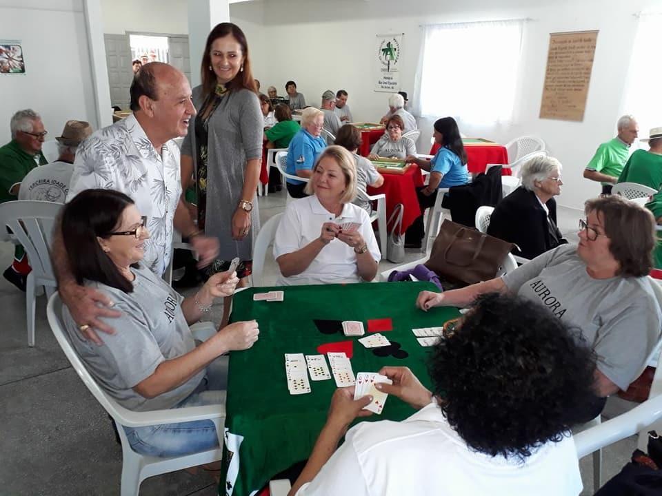 Idosos de Ituporanga participam dos Jasti em Aurora