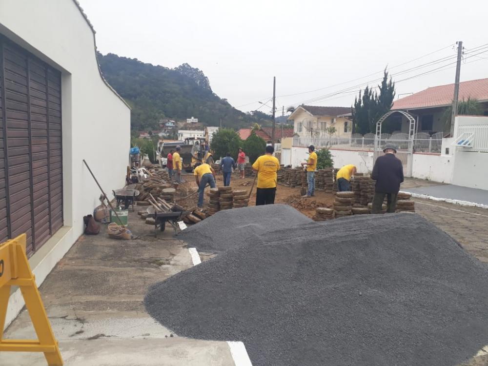 Secretaria de Urbanismo de Ituporanga realiza trabalho de revitalização
