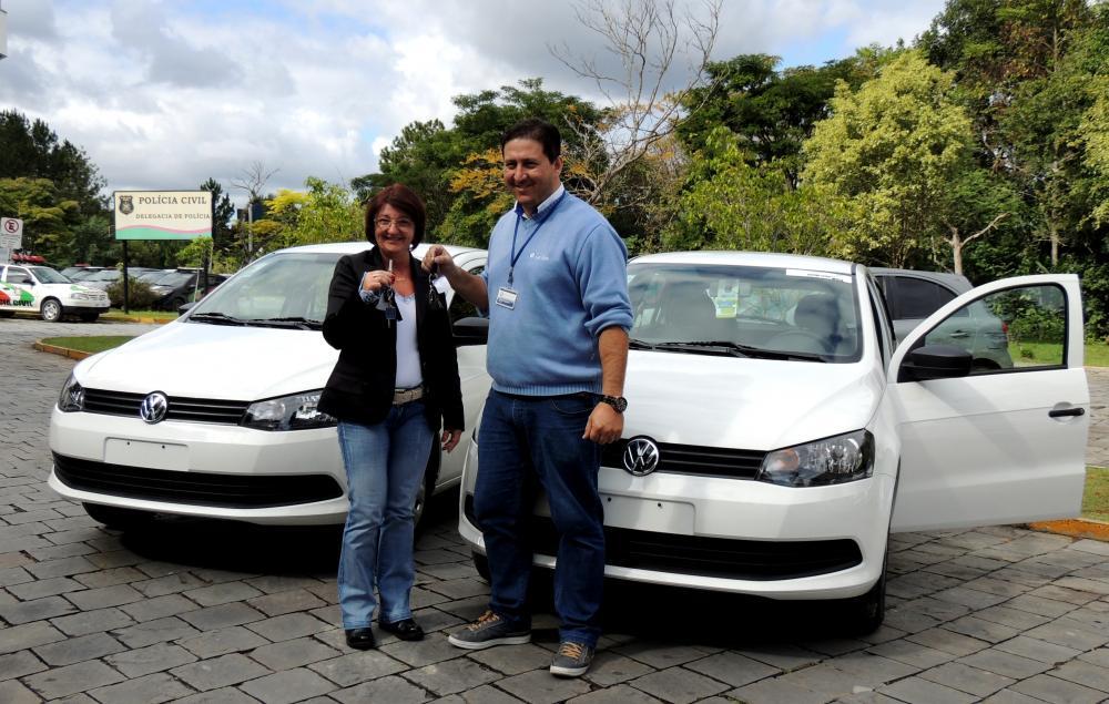 Prefeitura adquire veículos com recursos próprios para a Secretaria da Educação