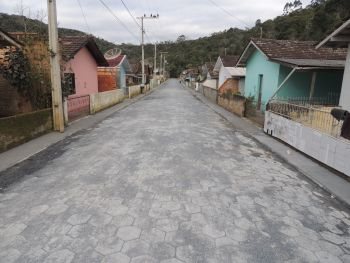 Prefeitura conclui pavimentação do Loteamento Frei Jerônimo