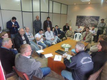 Defesa Civil convoca reunião e pede cautela aos comerciantes
