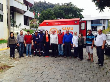 SAMU de Ituporanga recebe nova ambulância