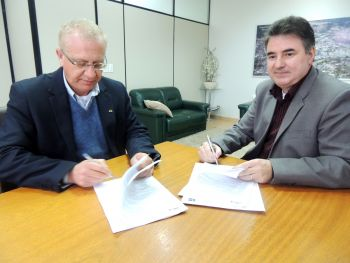 Prefeito Arno assina convênios para realização de obras em Ituporanga