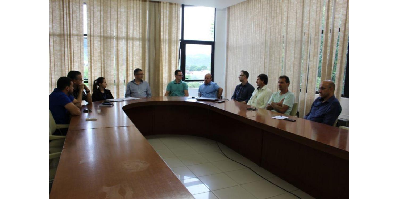 Obras de esgotamento sanitário de Ituporanga recebem fiscalização