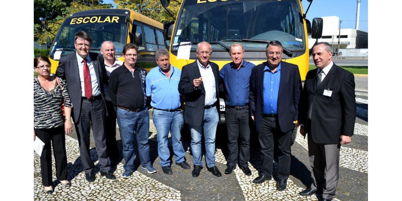 Ituporanga recebe novo micro ônibus para o transporte escolar