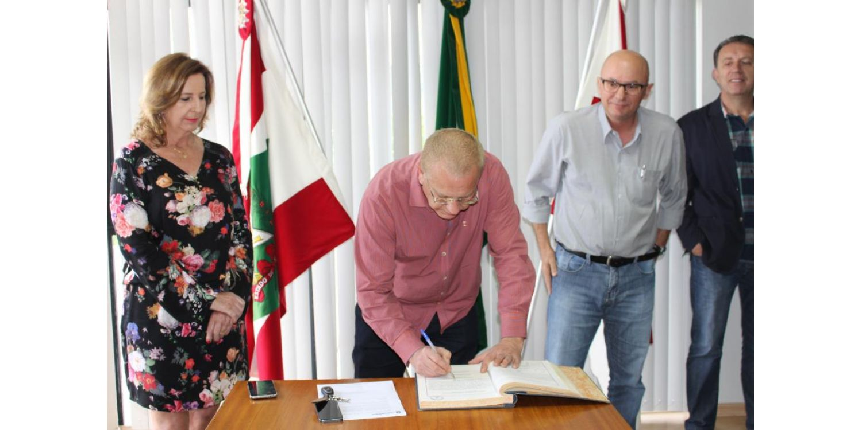Angelita assume Prefeitura de Ituporanga por quinze dias