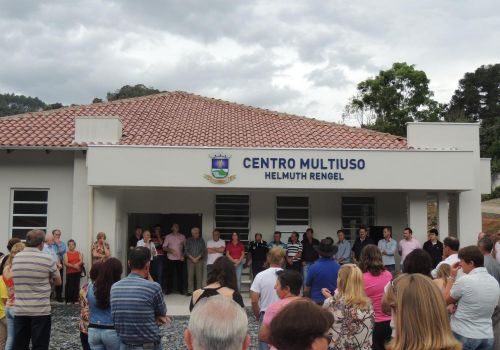 Inaugurado Centro Multiuso Helmuth Rengel, em Três Barras