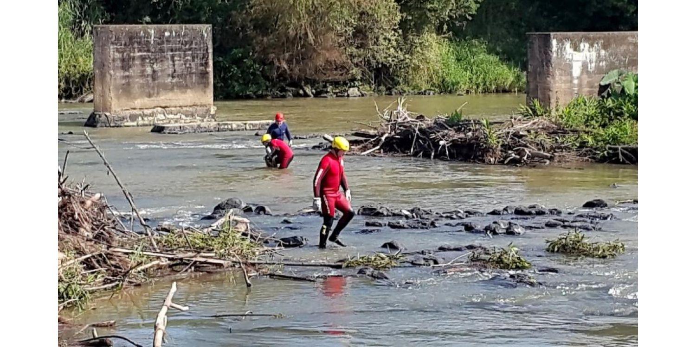 Mutirão de limpeza do Rio Itajaí do Sul mobiliza Ituporanga