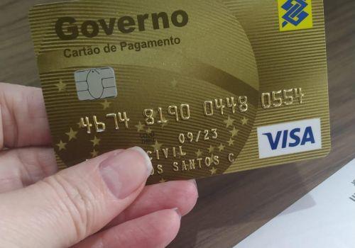 Administração de Ituporanga implanta cartão corporativo para agilizar compras nas secretarias