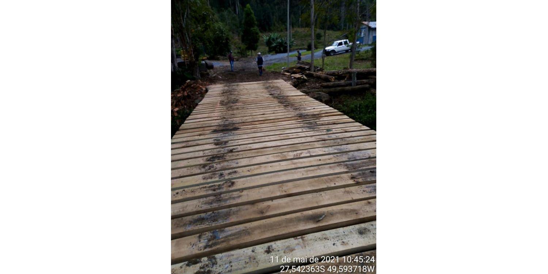 Administração de Ituporanga realiza melhorias em pontes e estradas do interior