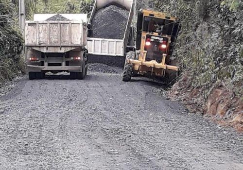 Administração de Ituporanga realiza obras de melhorias na Serra das Águas Negras