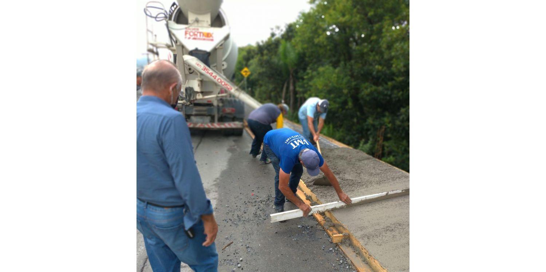 Administração faz implantação de passeio público na Rua Prefeito Virgílio Scheller