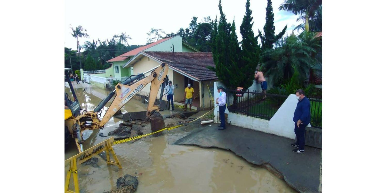 Administração faz levantamento de estragos causados pela chuva