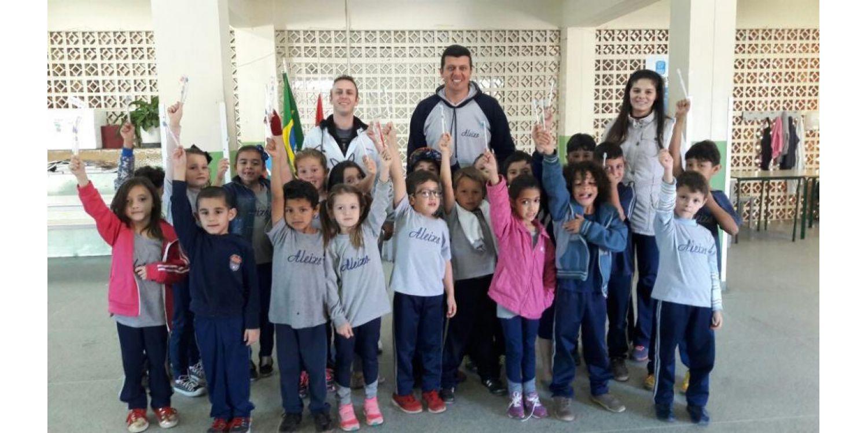 Projeto Saúde na Escola tem dentista atuando na prevenção em Ituporanga
