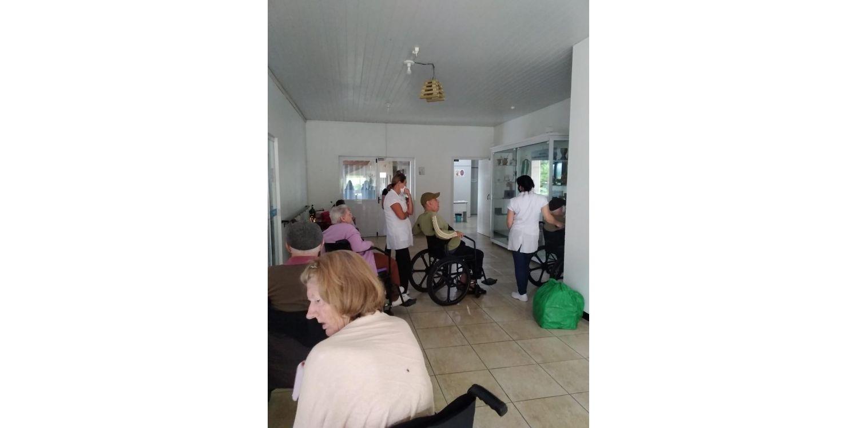 Idosos do Abrigo Mão Amiga em Ituporanga são imunizados contra a COVID-19