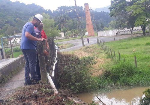 Iniciadas obras de calçamento na Rua José Koerich que dá acesso ao Parque do Salto em Ituporanga
