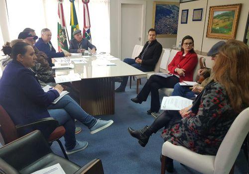 Prefeito de Ituporanga assina decreto que regulamenta período de férias coletivas