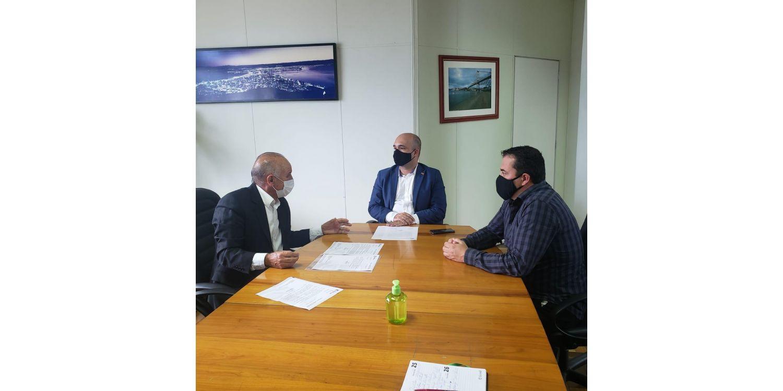 Prefeito de Ituporanga entrega demandas na Secretaria de Infraestrutura e Mobilidade do Estado