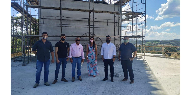 Representantes da Santur sinalizam entusiasmo do Estado com construção do Santuário do Louvor
