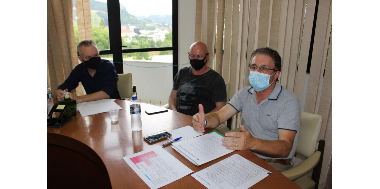 Reunião do Comitê de Gerenciamento da Crise COVID-19