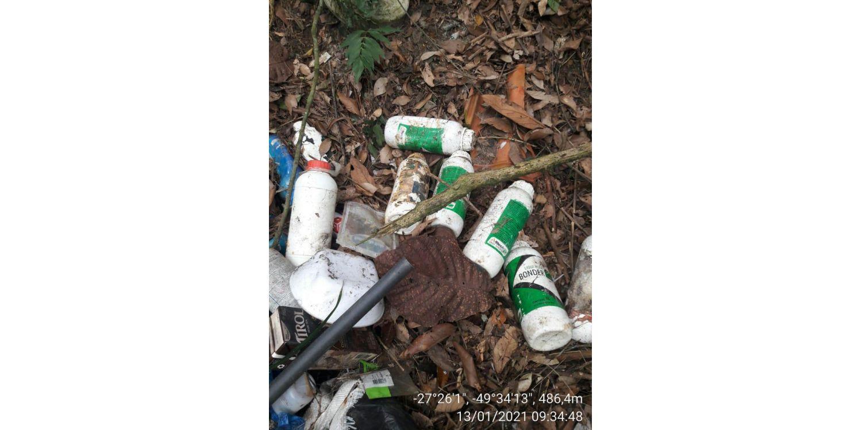 Secretaria de Agricultura de Ituporanga quer identificar responsáveis por descarte irregular de lixo